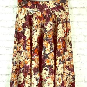 ✨Floral A-line skirt with elastic waist/ 1x✨